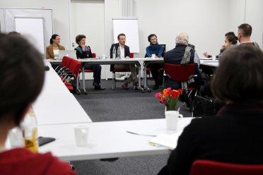 v.l. Dr. Julia Dordel, Susanne Wachhaus, Tom Fischer // Foto: Bernd Wolter
